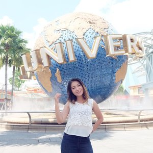 . One of my childhood dream has come true!! . #uss #universalstudiossingapore #singaporetrip #anitamayaadotcom #beautyblogger #mommyblogger #lifestyleblogger #clozetteid #starclozetter #potd #bestoftheday #thanksGod #enjoylife