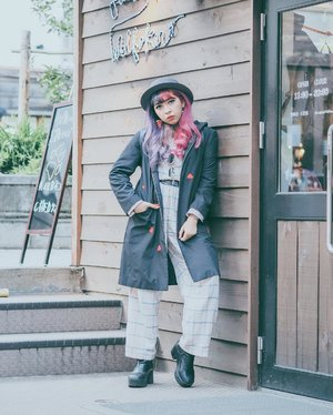 Throwback. Kinda miss my pink purple hair 🌸 . . . . . . #clozette #clozetteID #lookbook #ootd #ggrep #ggreptrend #ggrepstyle #cidstreetstyle #cgstreetstyle #looksootd #medanbeautygram #streetstyle #harajukufashion #japantrip
