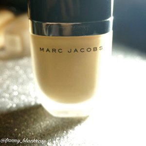 One of project to finish 😊💫 #marcjacob lovely #foundation #makeup #makeuptalk #makeupobsessed #mj #makeupaddict #clozette #ClozetteID #makeuplover #makeupmafia #beautyblogger #bblogger #beautyvlogger #beautyyoutuber #ilovemakeup