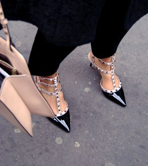 shoes of the day #Heels #studed
