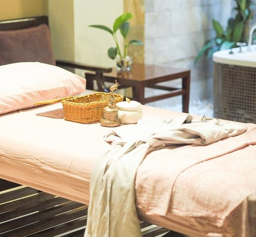 """<div class=""""photoCaption"""">Had a pleasant relaxation today at Gaya Spa...  <a class=""""pink-url"""" target=""""_blank"""" href=""""http://m.id.clozette.co/search/query?term=clozetteid&siteseach=Submit"""">#clozetteid</a></div>"""