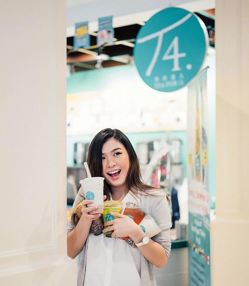 "<div class=""photoCaption"">Can't be more excited than this!!My favourite @t4uindonesia is now open at East Surabaya 💃💃Alamat persisnya di Go Bounce Surabaya timur (next to Resto Padang Sederhana atau Natasha skincare Mer) dan di tgl 15-20 Maret ini ada promo Buy 2 Get 1 Free lhoooo!Syaratnya gini tok kok:1. Pembelian 2 produk minuman medium/large free 1 produk minuman small (pearl milk tea/mango royal tea)2. Hanya berlaku di T4 cabang Go Bounce4. Berlaku untuk Dine in dan take awayHappyyy bubblingg teaaa!! 😋😋 <a class=""pink-url"" target=""_blank"" href=""http://m.id.clozette.co/search/query?term=t4uindonesia&siteseach=Submit"">#t4uindonesia</a>  <a class=""pink-url"" target=""_blank"" href=""http://m.id.clozette.co/search/query?term=clozetteid&siteseach=Submit"">#clozetteid</a>  <a class=""pink-url"" target=""_blank"" href=""http://m.id.clozette.co/search/query?term=borongt4u&siteseach=Submit"">#borongt4u</a></div>"