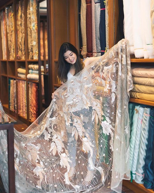 """<div class=""""photoCaption"""">Last week strolling in the newest textile store @qudstextile in Citraland, West Surabaya. <br /> First impression about @qudstextile is, the store is very spacious & luxurious. They're providing many type of fabrics such as: tulle, satin, linen, cotton, linen, lace, brocade, jacquard, beads, Swarovski beads, etc<br /> Swipe swipe! 😉<br /> .<br /> As the biggest textile store in East Java, this is One Stop textile store where you can find everything you need including the accessories👸 You can choose your fabrics, design it yourself, and they can help you to sew it too! .<br /> QUDS TEXTILE <br /> Open: 10 a.m.-7 p.m.<br /> Address: Jl. Bukit Golf D1 no.18, Citraland<br /> Telp: 08113099950<br /> .<br />  <a class=""""pink-url"""" target=""""_blank"""" href=""""http://m.id.clozette.co/search/query?term=qudstextile&siteseach=Submit"""">#qudstextile</a>  <a class=""""pink-url"""" target=""""_blank"""" href=""""http://m.id.clozette.co/search/query?term=textilestore&siteseach=Submit"""">#textilestore</a>  <a class=""""pink-url"""" target=""""_blank"""" href=""""http://m.id.clozette.co/search/query?term=surabayatextile&siteseach=Submit"""">#surabayatextile</a>  <a class=""""pink-url"""" target=""""_blank"""" href=""""http://m.id.clozette.co/search/query?term=luxuryfabrics&siteseach=Submit"""">#luxuryfabrics</a>  <a class=""""pink-url"""" target=""""_blank"""" href=""""http://m.id.clozette.co/search/query?term=fabricstore&siteseach=Submit"""">#fabricstore</a>  <a class=""""pink-url"""" target=""""_blank"""" href=""""http://m.id.clozette.co/search/query?term=citralandsurabaya&siteseach=Submit"""">#citralandsurabaya</a>  <a class=""""pink-url"""" target=""""_blank"""" href=""""http://m.id.clozette.co/search/query?term=clozetteid&siteseach=Submit"""">#clozetteid</a></div>"""