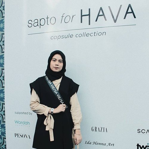 "<div class=""photoCaption"">Still from  <a class=""pink-url"" target=""_blank"" href=""http://m.clozette.co.id/search/query?term=SaptoForHava&siteseach=Submit"">#SaptoForHava</a> event ✨<br /> .<br />  <a class=""pink-url"" target=""_blank"" href=""http://m.clozette.co.id/search/query?term=ClozetteID&siteseach=Submit"">#ClozetteID</a>  <a class=""pink-url"" target=""_blank"" href=""http://m.clozette.co.id/search/query?term=ClozetteIDxHava&siteseach=Submit"">#ClozetteIDxHava</a>  <a class=""pink-url"" target=""_blank"" href=""http://m.clozette.co.id/search/query?term=HavaIndonesia&siteseach=Submit"">#HavaIndonesia</a></div>"