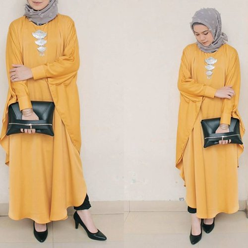 "<div class=""photoCaption"">When she wears yellow ✨<br /> .<br />  <a class=""pink-url"" target=""_blank"" href=""http://m.clozette.co.id/search/query?term=ClozetteID&siteseach=Submit"">#ClozetteID</a></div>"