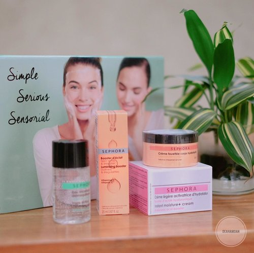 "<div class=""photoCaption"">My current daily essential, before applying makeup & after cleanse my makeup off, i'm using @sephoraidn 'Simple Serious Sensorial' kit💕.... <a class=""pink-url"" target=""_blank"" href=""http://m.id.clozette.co/search/query?term=clozetteid&siteseach=Submit"">#clozetteid</a>  <a class=""pink-url"" target=""_blank"" href=""http://m.id.clozette.co/search/query?term=sephoraidn&siteseach=Submit"">#sephoraidn</a>  <a class=""pink-url"" target=""_blank"" href=""http://m.id.clozette.co/search/query?term=sephoraindonesia&siteseach=Submit"">#sephoraindonesia</a>  <a class=""pink-url"" target=""_blank"" href=""http://m.id.clozette.co/search/query?term=sephoramy&siteseach=Submit"">#sephoramy</a>  <a class=""pink-url"" target=""_blank"" href=""http://m.id.clozette.co/search/query?term=sephoramalaysia&siteseach=Submit"">#sephoramalaysia</a></div>"