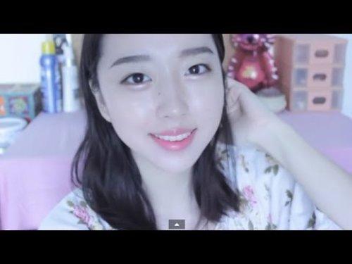 "<div class=""photoCaption"">My Everyday Makeup Tutorial | Sunnydahye - YouTube</div>"