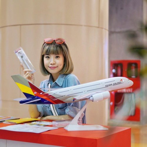"<div class=""photoCaption"">Book a ticket and fly away with @flyasiana !! Shall we? @mariaistella @shindyursula @feliciaadella 🇰🇷✈️ .<br /> .<br /> .<br /> . .<br /> .<br /> .<br /> .<br /> .<br /> .<br /> .<br /> .<br /> .<br /> .<br /> .<br /> .<br /> .<br /> .<br /> .<br /> .<br /> . <br />  <a class=""pink-url"" target=""_blank"" href=""http://m.id.clozette.co/search/query?term=styleblogger&siteseach=Submit"">#styleblogger</a>  <a class=""pink-url"" target=""_blank"" href=""http://m.id.clozette.co/search/query?term=vscocam&siteseach=Submit"">#vscocam</a>  <a class=""pink-url"" target=""_blank"" href=""http://m.id.clozette.co/search/query?term=beauty&siteseach=Submit"">#beauty</a>  <a class=""pink-url"" target=""_blank"" href=""http://m.id.clozette.co/search/query?term=ulzzang&siteseach=Submit"">#ulzzang</a>   <a class=""pink-url"" target=""_blank"" href=""http://m.id.clozette.co/search/query?term=travel&siteseach=Submit"">#travel</a>  <a class=""pink-url"" target=""_blank"" href=""http://m.id.clozette.co/search/query?term=lifestyle&siteseach=Submit"">#lifestyle</a>  <a class=""pink-url"" target=""_blank"" href=""http://m.id.clozette.co/search/query?term=fashionpeople&siteseach=Submit"">#fashionpeople</a>  <a class=""pink-url"" target=""_blank"" href=""http://m.id.clozette.co/search/query?term=fblogger&siteseach=Submit"">#fblogger</a>  <a class=""pink-url"" target=""_blank"" href=""http://m.id.clozette.co/search/query?term=blogger&siteseach=Submit"">#blogger</a>  #패션모델  #블로거  <a class=""pink-url"" target=""_blank"" href=""http://m.id.clozette.co/search/query?term=KFESTIVAL2017INDONESIA&siteseach=Submit"">#KFESTIVAL2017INDONESIA</a>  <a class=""pink-url"" target=""_blank"" href=""http://m.id.clozette.co/search/query?term=korea&siteseach=Submit"">#korea</a>   #스트리트스타일  #스트리트패션  #스트릿패션  #스트릿룩  #스트릿스타일  #패션블로거  <a class=""pink-url"" target=""_blank"" href=""http://m.id.clozette.co/search/query?term=bestoftoday&siteseach=Submit"">#bestoftoday</a>  <a class=""pink-url"" target=""_blank"" href=""http://m.id.clozette.co/search/query?term=style&siteseach=Submit"">#style</a>  <a class=""pink-url"" target=""_blank"" href=""http://m.id.clozette.co/search/query?term=ggrep&siteseach=Submit"">#ggrep</a>  <a class=""pink-url"" target=""_blank"" href=""http://m.id.clozette.co/search/query?term=lykeambassador&siteseach=Submit"">#lykeambassador</a>  <a class=""pink-url"" target=""_blank"" href=""http://m.id.clozette.co/search/query?term=bblogger&siteseach=Submit"">#bblogger</a>  <a class=""pink-url"" target=""_blank"" href=""http://m.id.clozette.co/search/query?term=clozetteid&siteseach=Submit"">#clozetteid</a></div>"