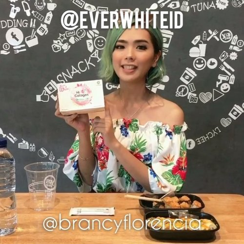 "<div class=""photoCaption"">Buat kalian yang uda kenal aku lama, kalian pasti tau aku itu obsessed banget sama yang namanya collagen! Nah kali ini aku lagi rutin cobain collagen dari @everwhiteid 💖<br /> .<br /> Everwhite ini bagus banget untuk mencerahkan kulit, menjaga metabolisme, dan detox.<br /> .<br /> Soon aku akan review di blog aku so stay tuned yah! .<br /> .<br />  <a class=""pink-url"" target=""_blank"" href=""http://m.id.clozette.co/search/query?term=Ivgbeauty&siteseach=Submit"">#Ivgbeauty</a>  <a class=""pink-url"" target=""_blank"" href=""http://m.id.clozette.co/search/query?term=indobeautygram&siteseach=Submit"">#indobeautygram</a>  <a class=""pink-url"" target=""_blank"" href=""http://m.id.clozette.co/search/query?term=beautynesiamember&siteseach=Submit"">#beautynesiamember</a>  <a class=""pink-url"" target=""_blank"" href=""http://m.id.clozette.co/search/query?term=clozette&siteseach=Submit"">#clozette</a>  <a class=""pink-url"" target=""_blank"" href=""http://m.id.clozette.co/search/query?term=clozetteid&siteseach=Submit"">#clozetteid</a>  <a class=""pink-url"" target=""_blank"" href=""http://m.id.clozette.co/search/query?term=lagirlindonesia&siteseach=Submit"">#lagirlindonesia</a>  <a class=""pink-url"" target=""_blank"" href=""http://m.id.clozette.co/search/query?term=lagirl&siteseach=Submit"">#lagirl</a>  <a class=""pink-url"" target=""_blank"" href=""http://m.id.clozette.co/search/query?term=lagirlcosmetics&siteseach=Submit"">#lagirlcosmetics</a>  <a class=""pink-url"" target=""_blank"" href=""http://m.id.clozette.co/search/query?term=beautyjunkie&siteseach=Submit"">#beautyjunkie</a>  <a class=""pink-url"" target=""_blank"" href=""http://m.id.clozette.co/search/query?term=beautyjunkies&siteseach=Submit"">#beautyjunkies</a>   <a class=""pink-url"" target=""_blank"" href=""http://m.id.clozette.co/search/query?term=instamakeupartist&siteseach=Submit"">#instamakeupartist</a>  <a class=""pink-url"" target=""_blank"" href=""http://m.id.clozette.co/search/query?term=makeupporn&siteseach=Submit"">#makeupporn</a>  <a class=""pink-url"" target=""_blank"" href=""http://m.id.clozette.co/search/query?term=makeuppower&siteseach=Submit"">#makeuppower</a>  <a class=""pink-url"" target=""_blank"" href=""http://m.id.clozette.co/search/query?term=beautyaddict&siteseach=Submit"">#beautyaddict</a>  <a class=""pink-url"" target=""_blank"" href=""http://m.id.clozette.co/search/query?term=makeuptutorial&siteseach=Submit"">#makeuptutorial</a>  <a class=""pink-url"" target=""_blank"" href=""http://m.id.clozette.co/search/query?term=beautyenthusiast&siteseach=Submit"">#beautyenthusiast</a>   <a class=""pink-url"" target=""_blank"" href=""http://m.id.clozette.co/search/query?term=makeupjunkie&siteseach=Submit"">#makeupjunkie</a>  <a class=""pink-url"" target=""_blank"" href=""http://m.id.clozette.co/search/query?term=makeupjunkies&siteseach=Submit"">#makeupjunkies</a>  <a class=""pink-url"" target=""_blank"" href=""http://m.id.clozette.co/search/query?term=beautyvlogger&siteseach=Submit"">#beautyvlogger</a>  <a class=""pink-url"" target=""_blank"" href=""http://m.id.clozette.co/search/query?term=wakeupandmakeup&siteseach=Submit"">#wakeupandmakeup</a>  <a class=""pink-url"" target=""_blank"" href=""http://m.id.clozette.co/search/query?term=hudabeauty&siteseach=Submit"">#hudabeauty</a>  <a class=""pink-url"" target=""_blank"" href=""http://m.id.clozette.co/search/query?term=featuremuas&siteseach=Submit"">#featuremuas</a>  <a class=""pink-url"" target=""_blank"" href=""http://m.id.clozette.co/search/query?term=undiscovered_muas&siteseach=Submit"">#undiscovered_muas</a>  <a class=""pink-url"" target=""_blank"" href=""http://m.id.clozette.co/search/query?term=solusicantik&siteseach=Submit"">#solusicantik</a> @solusicantik @indobeautygram</div>"