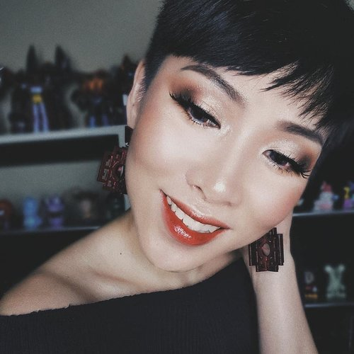 "<div class=""photoCaption"">Chinese New Year glam look featuring stunning Red Frame earrings from @apa.jkt and @blpbeauty Lip Stain in Heather Peach<br /> •<br /> •<br /> •<br /> •<br /> •<br /> •<br /> •<br /> •<br /> •<br /> •<br />  <a class=""pink-url"" target=""_blank"" href=""http://m.clozette.co.id/search/query?term=clozetteid&siteseach=Submit"">#clozetteid</a>  <a class=""pink-url"" target=""_blank"" href=""http://m.clozette.co.id/search/query?term=motd&siteseach=Submit"">#motd</a>  <a class=""pink-url"" target=""_blank"" href=""http://m.clozette.co.id/search/query?term=makeupjunkie&siteseach=Submit"">#makeupjunkie</a>  <a class=""pink-url"" target=""_blank"" href=""http://m.clozette.co.id/search/query?term=makeupaddict&siteseach=Submit"">#makeupaddict</a>  <a class=""pink-url"" target=""_blank"" href=""http://m.clozette.co.id/search/query?term=makeuplover&siteseach=Submit"">#makeuplover</a>  <a class=""pink-url"" target=""_blank"" href=""http://m.clozette.co.id/search/query?term=momblogger&siteseach=Submit"">#momblogger</a>  <a class=""pink-url"" target=""_blank"" href=""http://m.clozette.co.id/search/query?term=momblog&siteseach=Submit"">#momblog</a>  <a class=""pink-url"" target=""_blank"" href=""http://m.clozette.co.id/search/query?term=wakeupandmakeup&siteseach=Submit"">#wakeupandmakeup</a>  <a class=""pink-url"" target=""_blank"" href=""http://m.clozette.co.id/search/query?term=ilovemakeup&siteseach=Submit"">#ilovemakeup</a>  <a class=""pink-url"" target=""_blank"" href=""http://m.clozette.co.id/search/query?term=indobeautygram&siteseach=Submit"">#indobeautygram</a>  <a class=""pink-url"" target=""_blank"" href=""http://m.clozette.co.id/search/query?term=indonesianbeautyblogger&siteseach=Submit"">#indonesianbeautyblogger</a>  <a class=""pink-url"" target=""_blank"" href=""http://m.clozette.co.id/search/query?term=beautybloggerindonesia&siteseach=Submit"">#beautybloggerindonesia</a>  <a class=""pink-url"" target=""_blank"" href=""http://m.clozette.co.id/search/query?term=beautyblogger&siteseach=Submit"">#beautyblogger</a>  <a class=""pink-url"" target=""_blank"" href=""http://m.clozette.co.id/search/query?term=makeuplook&siteseach=Submit"">#makeuplook</a>  <a class=""pink-url"" target=""_blank"" href=""http://m.clozette.co.id/search/query?term=mommyblogger&siteseach=Submit"">#mommyblogger</a>  <a class=""pink-url"" target=""_blank"" href=""http://m.clozette.co.id/search/query?term=makeuptalk&siteseach=Submit"">#makeuptalk</a>  <a class=""pink-url"" target=""_blank"" href=""http://m.clozette.co.id/search/query?term=powerofmakeup&siteseach=Submit"">#powerofmakeup</a>  #ビューティー  #春メイク  #화장품  #메이크업  #コスメ  #メイク動画  #アイメイク  #プチプラ  #메이크업  #인스타뷰티  <a class=""pink-url"" target=""_blank"" href=""http://m.clozette.co.id/search/query?term=fotd&siteseach=Submit"">#fotd</a>  <a class=""pink-url"" target=""_blank"" href=""http://m.clozette.co.id/search/query?term=ivgbeauty&siteseach=Submit"">#ivgbeauty</a>  <a class=""pink-url"" target=""_blank"" href=""http://m.clozette.co.id/search/query?term=beautybloggerid&siteseach=Submit"">#beautybloggerid</a>  <a class=""pink-url"" target=""_blank"" href=""http://m.clozette.co.id/search/query?term=beadored&siteseach=Submit"">#beadored</a></div>"