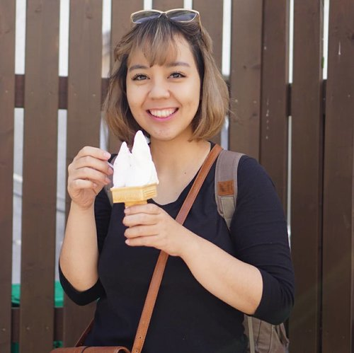 """<div class=""""photoCaption"""">Saturday means ICE CREAM!<br /> (though I eat one everyday)<br /> <br /> This is not ice cream, though. It's PEAR 🍐 gelato which is limited only in Autumn. I don't usually eat pear cause I don't like the taste, but I guess Japan is an expert when it comes to food, it's delicious!<br /> .<br /> .<br /> .<br /> .<br /> <br />  <a class=""""pink-url"""" target=""""_blank"""" href=""""http://m.clozette.co.id/search/query?term=me&siteseach=Submit"""">#me</a>  <a class=""""pink-url"""" target=""""_blank"""" href=""""http://m.clozette.co.id/search/query?term=selfportrait&siteseach=Submit"""">#selfportrait</a>  <a class=""""pink-url"""" target=""""_blank"""" href=""""http://m.clozette.co.id/search/query?term=japan&siteseach=Submit"""">#japan</a>  <a class=""""pink-url"""" target=""""_blank"""" href=""""http://m.clozette.co.id/search/query?term=matsumoto&siteseach=Submit"""">#matsumoto</a>  <a class=""""pink-url"""" target=""""_blank"""" href=""""http://m.clozette.co.id/search/query?term=nagano&siteseach=Submit"""">#nagano</a>  <a class=""""pink-url"""" target=""""_blank"""" href=""""http://m.clozette.co.id/search/query?term=ayokejepang2017&siteseach=Submit"""">#ayokejepang2017</a>  <a class=""""pink-url"""" target=""""_blank"""" href=""""http://m.clozette.co.id/search/query?term=miniongoestojapan&siteseach=Submit"""">#miniongoestojapan</a>  <a class=""""pink-url"""" target=""""_blank"""" href=""""http://m.clozette.co.id/search/query?term=minioninjapan&siteseach=Submit"""">#minioninjapan</a>  <a class=""""pink-url"""" target=""""_blank"""" href=""""http://m.clozette.co.id/search/query?term=travel&siteseach=Submit"""">#travel</a>  <a class=""""pink-url"""" target=""""_blank"""" href=""""http://m.clozette.co.id/search/query?term=japantrip&siteseach=Submit"""">#japantrip</a>  <a class=""""pink-url"""" target=""""_blank"""" href=""""http://m.clozette.co.id/search/query?term=icecream&siteseach=Submit"""">#icecream</a>  <a class=""""pink-url"""" target=""""_blank"""" href=""""http://m.clozette.co.id/search/query?term=gelato&siteseach=Submit"""">#gelato</a>  <a class=""""pink-url"""" target=""""_blank"""" href=""""http://m.clozette.co.id/search/query?term=strikeapose&siteseach=Submi"""