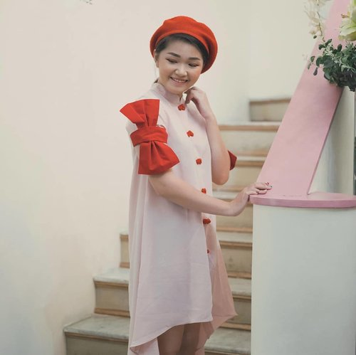 """<div class=""""photoCaption"""">Are you ready for CNY? Yes for me!<br /> Check @jolie_clothing cny collection only at @introstyle_id 😍</div>"""
