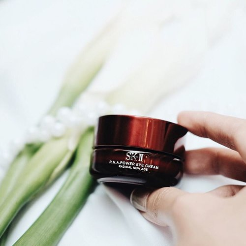 "<div class=""photoCaption"">My night rituals are a must to keep my skin glowing and clean, so before I go to bed I always apply  <a class=""pink-url"" target=""_blank"" href=""http://m.clozette.co.id/search/query?term=RNApower&siteseach=Submit"">#RNApower</a> generously with 3 dots under my eyes and 3 dots on my eye lids, then I begin to rub it in gently. Bye wrinkles, hello flawless looking skin ! ✨ <a class=""pink-url"" target=""_blank"" href=""http://m.clozette.co.id/search/query?term=skii&siteseach=Submit"">#skii</a>  <a class=""pink-url"" target=""_blank"" href=""http://m.clozette.co.id/search/query?term=BiggerLookingEyes&siteseach=Submit"">#BiggerLookingEyes</a>  <a class=""pink-url"" target=""_blank"" href=""http://m.clozette.co.id/search/query?term=clozetteid&siteseach=Submit"">#clozetteid</a></div>"