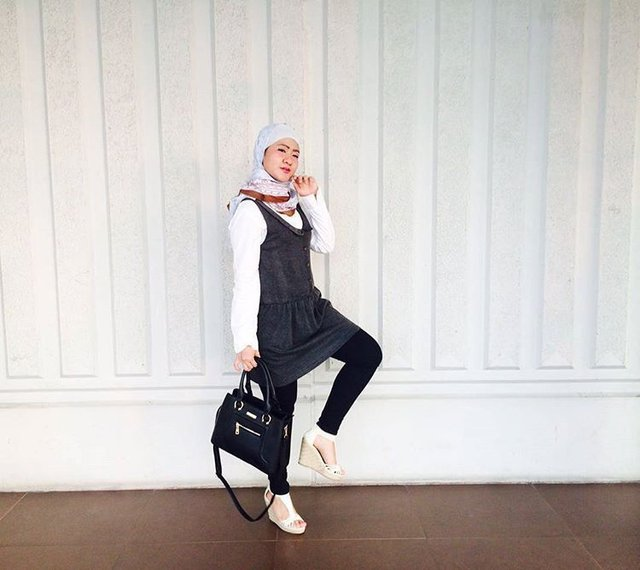 H O O T D Hijab Outfit Of The Day Kekinian Monocrome
