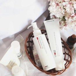 Hapus Makeup Dengan Cleansing Oil Rekomendasi Clozette