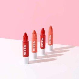 Lip Crayon Dari NIVEA Bisa Menjadi Andalanmu Bersama Teman