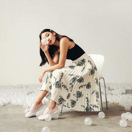 Kolaborasi Superga X Love, Bonito Hadirkan Sneakers Cantik Nan Feminin