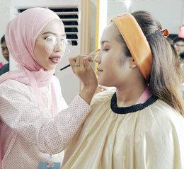 Praktis Dan On Point, Tips Makeup Pesta Ala Y.O.U Ini Bisa Kamu Coba