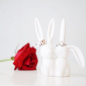 Whee! We're another week closer to our #Disney inspired Secret Garden Fairytale wedding!  Flowers! Checked! ✔️ Wedding rings! Checked! ✔️ To-die-for cute bunny ring holders! Triple checked! ✔️✔️✔️ In case you're wondering, red rose was from last night's wedding. Yeah. I kinda stole one from the centerpiece on the table. #guiltyascharged 😁😁😁 Wedding bands from our long time fave - #Bvlgari. We got our first month rings there too! Engagement ring from #Goldheart.  Bunny ring holders from #65daigou! Think I got it for less than 5 bucks. More wedding shopping with @65daigou on my blog (link in bio). Meanwhile, have a great Monday! 😘 #clozette #sgbrides #sgweddings #finallyfoundforever #bobbliana #bunnies #beautyandthebeast #rose