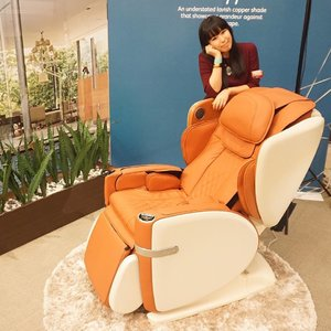 Enjoyed the media preview of @OSIM_SG latest massage chair launch, OSIM uLove 白马王子. The V-Hand 3D Massage paired with the extended Long-Track massage felt as thou I am doing a massage session with a masseur. I'm excited to share more about my Prince Charming on my blog soon!  #OSIMuLove #amandaADVERTs