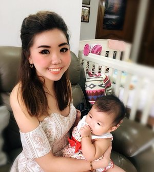 Cutie baby Ana!!! Thank you Carol & Edmund for opening your place for our CNY gathering and letting us play with your precious. Love her soooooo much! 😘😘😘 #BabyAna #BabyAnastasia