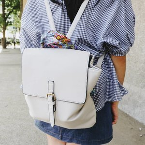 Check out my new fave accessory -- handle wraps! Tap for deets and blog post link in my bio. ;) #clozette