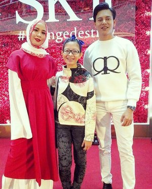 One with the lovely newlyweds @nazimothman and @belladally at SKII Valentine's Day Event. Thanks again @nazimothman and nice meeting you both! 😘 #skii #changedestiny #080217  #wackywednesday #midvalley #valentines #skincareproducts #beautyproducts #skincare #contestwinner #instaphoto #instapic #igers #blogger #beautyblogger #lifestyleblogger #malaysianblogger #influencer #starclozetter #clozette