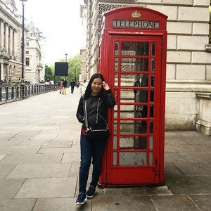 London bound! 🇬🇧 #London #telephonebooth #travel #tebishatravel #UK #clozette #fashion #Zara