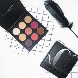Hey! Check out my new Klara Cosmetics Pro Eyeshadow Palette No.02 💛The palette is comes with 9 highly pigmented versatile shades with hues of cream, brown, bronze, purple and orange. Great for day and night makeup!  Swipe next for the swatches ➡️ 🎉Currently @beautycarousel is having 20% off for Klara Cosmetics Pro Palettes, get yours at $21.61 only! #beautycarousel #beautycarouselsg #klaraaddict #klaracosmetics #klaracosmeticssg #makeup #eyeshadow #eyeshadowpalette #beauty #clozette