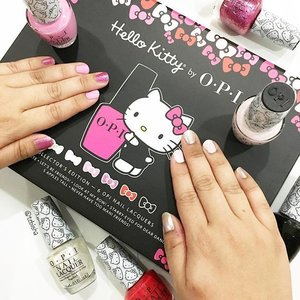 I'm ready to welcome 2016 with my new nail colours! Hello Kitty lovers (including me) should not miss out the Hello Kitty by OPI collections! A total of 12 limited edition nail lacquers & matching GelColor shades. Think delicious pinks, punchy primaries, pearly white and licorice black. On my nails 💅🏻 Left: Starry-eyed for Dear Daniel & Look at My Bow! Right: Kitty White & Let's Be Friends! Thank you OPI & Coty for this superb cute Hello Kitty x OPI collection 🎀💕 #hellokittyxopi #hellokittyopicollection #nailpolish #naillacquers #opi #opisingapore #opisg #beauty #clozette #manicure #pedicure #hellokitty #cotysg