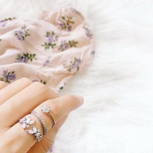 Such a perfect rings from @soulrock.jewelry to add on your collection. 💍 . . . . #vsco #vscocam #vscoph #vscophilr #vscofeed #vscofeedph #vscosnaps #bloggersph #bblogger #stylebloggerph #styleblogger #clozette #pilipinasootd @pilipinasootd #bloggermail #dgteblogger