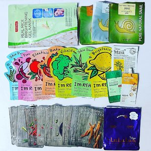 #sheetmask #empties short #review from the upper left all the way to the right. 😍 - cant live without it, #holygrail 👍 - will buy again in case i did not find any new exciting product 😐 - it was ok. no breakouts! 👎 - will not buy it again  #purederm real rice brightening gel mask - 😍 great results  #thesaem pure natural #masksheets - 😍 great results at an affordable price  #tonymoly im real mask - 👍  #ariul bamboo water 7days mask - 😐 it was ok no breakouts  #etudehouse ac clinic intense pink powder spot patch - 😐 it was ok does its job  #aritaum collagen sleeping mask - 👎 gave me breakouts so this went to my neck  #thefaceshop real nature masks - 👍 affordable and works but have alcohol  #lululun 7days sheetmasks - 😐 it was ok very affordable and easily dries out  #youniqbeauty #clozette #abcommunity #sheetmaskaddict #kbeauty #flatlay #koreanskincare #bblogger #beautybloggerph