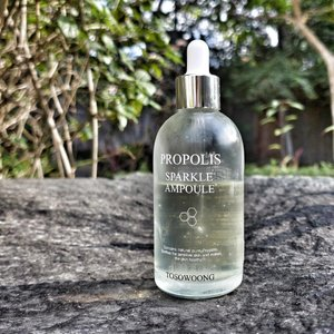 #tosowoong #propolis sparkle #ampoule #review  product claims - contains natural pure 80% propolis extract soothes sensitive skin and make it healthy. helps to moisturize and give a glowing complexion.  smell/texture/color - faint smell of flowers that fades away quickly leaving almost no scent at all. clear watery gel like texture.  verdict - im almost halfway through this bottle and have been using it for 3months every morning. this glides on smoothly, sinks in quickly and yet is not tacky or sticky as soon as u are done patting it in you can move on to your next product. this contains 80% propolis and i needed all the soothing ingredients that i can get in my routine right now. i guess it helped soothes those angry flare ups but it was not the star product that did. had that nice glow but you can almost feel that it was just temporary and did not gave any lasting long term natural healthy glow even w/o makeup. it was moisturizing but cant be moisturizing enough to use on its own you still need a cream or another product for that. overall, it was ok for me but did not wow me and did not stand out. if used on its own did not have dramatic effects either. the only bonus in this product is that its budget friendly w/ a large capacity that might last you almost half a year.  rating - 3/5  #youniqbeauty #clozette #honey #acneprone #skincarejunkie #skincareaddict #beautyblogger #bblogger #instablogger #influencer #beauty #kbeauty #abcommunity #oilyskin #hormonalimbalance #asianbeauty #beautybloggerph