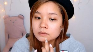 Look how good @benefitcosmeticssg boi➿ing airbrush concealer is!  For full video head over to my youtube channel or my blog 😉 Link on my bio 😁  #clozette #abcommunity #kbeautyblogger #makeupporn #makeupgeek #100daysofmakeup #makeuptalk #benefitairbrush #airbrushconcealer #benefitcosmetics