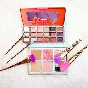 The perfect combination for summer 🌞🌞 #clozette #abcommunity #kbeautyblogger #makeupporn #makeupgeek #100daysofmakeup #makeuptalk #lfl #likeforfollow #tarte #sephora #unicornbrushes