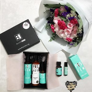 • HAIRCARE • BOX • FLOWERS •  Oohlala! Came home to a luxurious lovely box from @blackboxsg packed with @PHShairscience Hair Treatment Products. And i'm really excited to show you guys my self-designed luxe @angelflorist bouquet! Tap for deets. Hop over to my insta-story NOW! • #blackboxsg #phshairscience #angelflorist #sgflowers #supportlocalbrands #sgbrands #haircare #beautycare #wellbeing