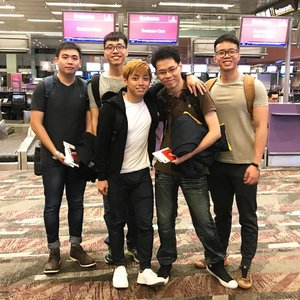 So glad to receive a text that my brother & his friends have reached their destination safely after their flight transfer at Dubai. Thank you @emirates! Photo was taken before their flight at @changiairport.  #emirates #businessclass #flywithemirates