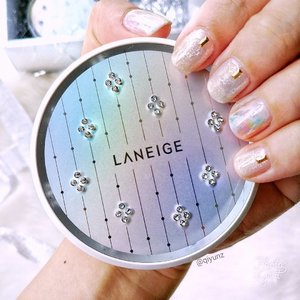 I love it when my wedding nails matches my product! Shine and sparkle with the limited editionLANEIGE BB Cushion Crystal Edition with Crystals from Swarovski®! Glamourous and brilliant, its bride feelings everyday 😊  This special collaboration with Swarovski features the unique XIRIUS Crystals. Named after the brightest star in the sky 'Sirius', XIRIUS crystals have an intricate star-shaped cut, rich colour, and enhanced foiling.  Priced atSGD S$59.00, available in3 shades - #13, #21 and #23 exclusively at all #LANEIGESG LANEIGE boutiques only.  #clozette