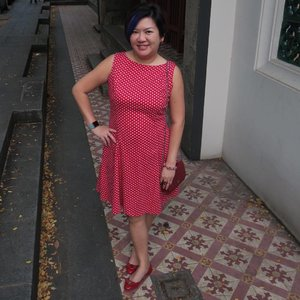 Whoop! Friyay!! Am all dressed up to paint the town red with @nanzsingapore white polka dots on red dress, red @ferragamo shoes & @chanelofficial red wallet on chain💃 . 📸 Cr:: @poonphelix #instagramhusband #instagramhub .  #shenwendys #fashionista #fashionaddict #stylish #corporatecatwalk #fashionstyle #yummymummy #styleblogger #likeaboss #fashionblog #instafashion #style #ootd #fblogger #fashion #outfit #love #beautiful #glambassador @glambassadorofficial #bloggerbabes @thebloggerbabes #workingmumsirl #instastyle #clozette @clozetteco #inspiration #beyourself #friyay #tgif #girlsnightout