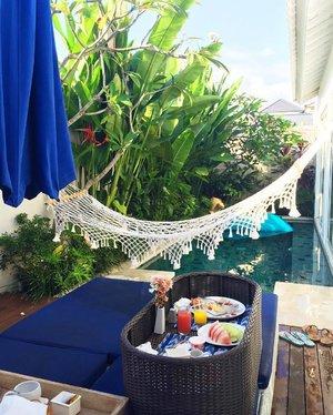 First time in Bali and we're loving it!😍 • • • • • #chloewltravels #bali #seminyak #alevavillas #wanderlust #beachholiday #summer #summerholidays #igsg #clozette #abenandchloetale