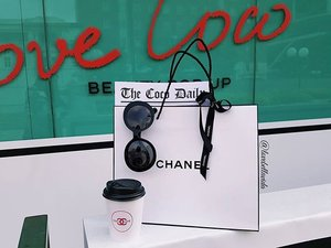 🛍💄Did some shopping at the Coco Café. Watch my review of Chanel's latest Rouge Coco Gloss.  https://youtu.be/G1RdBFwCg_M  #ilovecoco #cococafe #cococafé #chanel #cocochanel #chanelcosmetics #chanelbeauty #shopping #clozette #starclozetter #clozettebloggerbabes #youtube #youtuber #review #fashionblogger #fblogger #lifestyleblogger #lblogger #sgblogger #sgfashionblogger #influencersg #sglife #sglifestyle #igsg