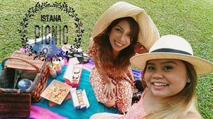 🌼🏛👒 Our picnic day at the Istana is up on the blog (link in bio). We should do this again darling @sueshabar.  #istana #picnic #hatday #sisters👭 #antoinette #macarons #twelvecupcakes #cupcakes #rainbowpudding #saltedeggyolkpasta #ferragamo #jellyshoes #ontheblog #clozette #starclozetter #clozettebloggerbabes #fashionblogger #fblogger #lifestyleblogger #lblogger #sgblogger #sgfashionblogger #indianblogger #indianfashionblogger #influencersg #sglife #sglifestyle #sgfood #igsg