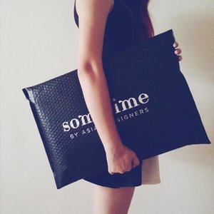 My new bag from @sometime_byasiandesigners came like this! So pretty, it's like another bag lol Can you guess what I bought? • • • #clozette #fashiondiaries #instafashion #styles #bag #brands #cool #glam #fashionstyle #fashiondaily #instastyle #fashionphotography #purse #swagg #brand #shopping #fashiongram #fashionable #fashionblog #fashionista