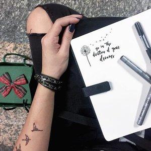 DREAMS x Sunday morning doodles #doodle #flaylay #clozette #calligraphy #calligraphypractice #moderncalligraphy #calligraphysg #typography #lettering #handlettered #handlettering #handletter #typographie #brushcalligraphy #handwritten #typematters #brushlettering #typelove #igers #igsg #thedailytype #artoftype #igersingapore #vscosg #vscocamsg #typespire #handletteredabcs  #igers #igersingapore #igsg #sgflowers #illustration