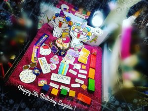 Today is the FINAL day for @lazada_my to celebrate their 5th birthday .  Bermula dari 22hb sehingga 24hb go grab some valuable items here : http://ho.lazada.com.my/SHNXbb  Participated brands : carlorino levis maybelline eversoftskin Skinz bonia loreal nichii NYX Lazada  #MyBdayLaz #surpri5ebox  #lazadasurpri5e  #lazazabirthdayframe  #lazada  #lazadamy  #garminlazada #syafierayamincom #blogger  #mommyblogger #iger #igermalaysia #BeautyBlogger  #Malaysianblogger #lifestyleblogger #lovetheraphy #art #artist #youtube #clozette #mommyblogger #ClozetteBloggerBabes  #ShopMyEnvicase
