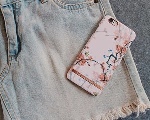 "My current fave from @richmondfinch! Cherry blush phone case 🌸 So kawaii! Use my code ""cherrish20"" for a 20% off in your entire purchase! ✨#richmondfinch #clozette"