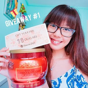 [GIVEAWAY DAY #1] Let's kick off mitsueki's COUNTDOWN TO CHRISTMAS Giveaway with some yummy chocolate chip cookies and a $10 Taka voucher!  How to Win? 1. Follow me @mitsueki on Instagram! 2. Leave a comment and tag 2 friends! Hashtag #mitsuekiXMASgiveaway  3. (Optional) Subscribe to my mailing list (bit.ly/mitsuekimail) and YouTube channel (mitsueki) for additional chances!  The giveaway will be running on BOTH my Instagram and Facebook pages (fb.com/mitsuekiblog) so join both to win!  This is a daily giveaway from 23 Dec - 25 Dec 2016 as we countdown to Christmas, so check back everyday! All entries will close on 27 Dec 16, 1159PM!  More details on the prizes + a video is up on the blog: http://bit.ly/mitsuekigiveaway! 🎄🎁 #clozette #sggiveaway #giveawaysg #christmasgiveaway