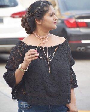 Braided bun, lace and choker makes a pretty statement I'm sure 🤘🏻💁🏻 #ootd #hairstyles #longhairgoneshort #fashioninspiration #personalstyle #ootdmagazine #ootdmy #fashionista #lifestyleblogger #malaysianblogger #bloggerbabe #fashionblogger #clozette #sapphireziva