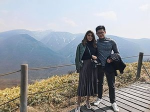 This mornings hike up to this amazing view ⛰ . . . . . . . . . . . . . . . . . #jeju #ootdshare #streetstyleluxe #wearitloveit #whatiworetoday #realoutfitgram #mystyle #personalstyle #styleinfluencer #currentlywearing #styleblogger #fashionstylist #stylediaries #fashionbloggerstyle #jejuisland #styleinspo #aboutalook #ootdwatch #todayimwearing #fblogger #fashionpost #styleoftheday #couple #clozette #clozetter #coupleootd #stylexstyle #ootdsg #wiwt #sgfashion
