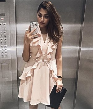 Ruffled blush by @pomelofashion #trypomelo #pomelofashion #mypomelo . . . . . . . . . . #ootdsg #thatsdarling #beauthentic #whatimwearing #lookoftheday #lookbook #ootd #stylegram #sgfashion #chloe #streetstyle #realoutfitgram #outfitoftheday #clozette #clozetter #stylexstyle #fashiondiaries #lookdujour #wearitloveit #lovelysquares #detailsoftheday #fashionbloggerstyle #fashionblogger #fashioninfluencer #sgfashion #igsg #sgstyle #fashionblogger
